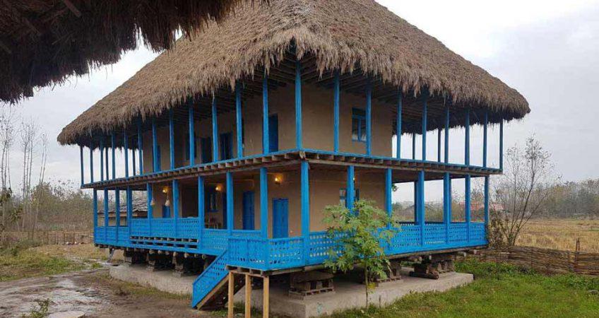 طرح معماری اقامتگاه بومگردی چوبی